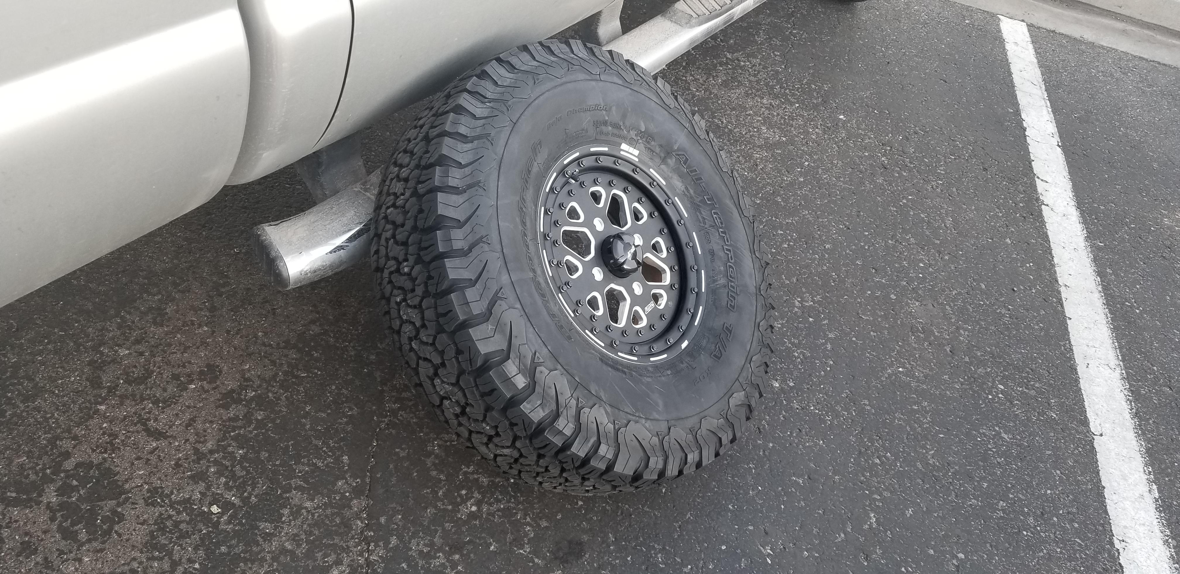 32x10.50r15 KO2 Tires