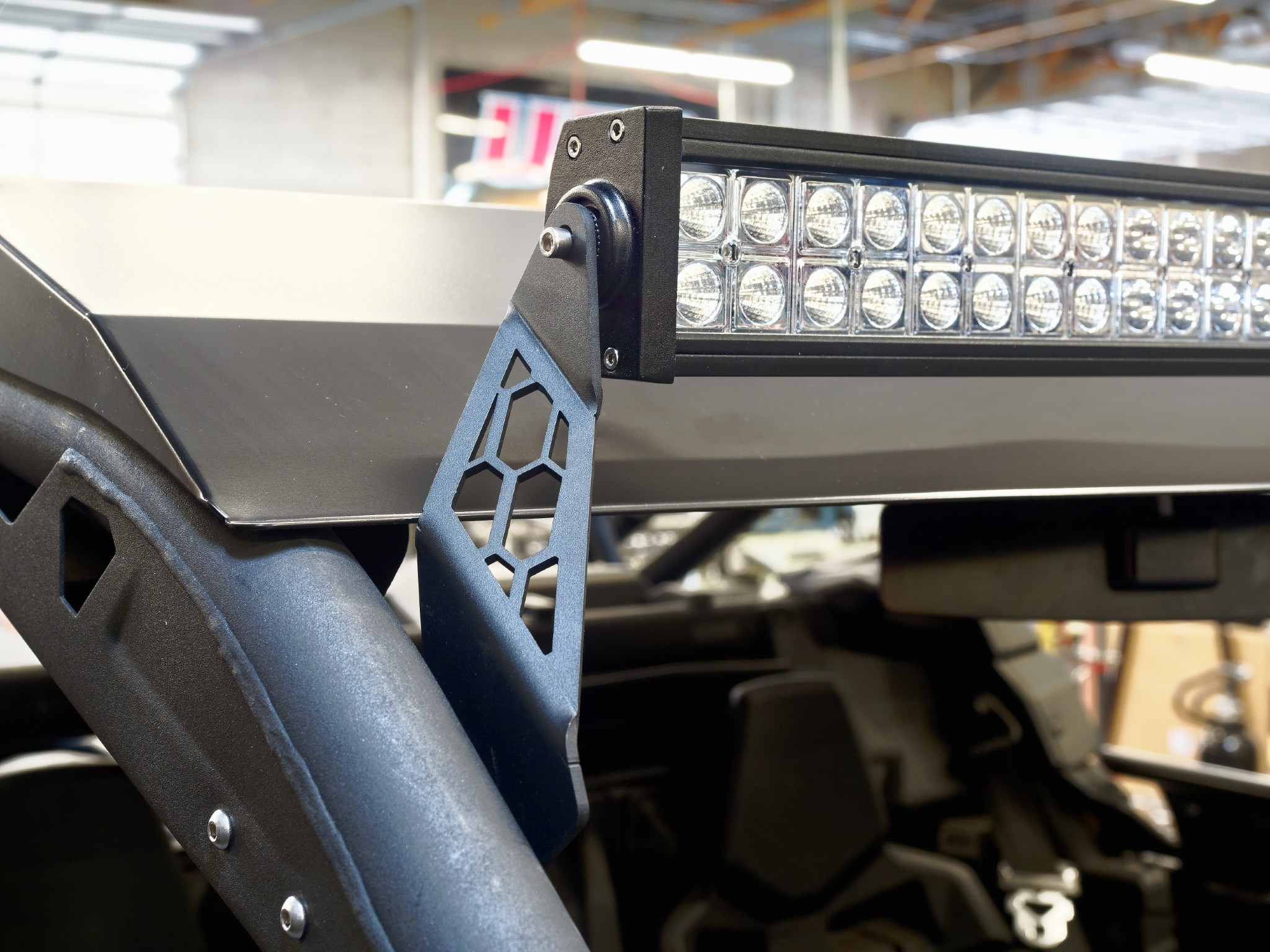 "Rigid Light Bar >> Utv inc. Can Am X3 with roof Rigid/Baja Designs S8 40"" light bar mounts"