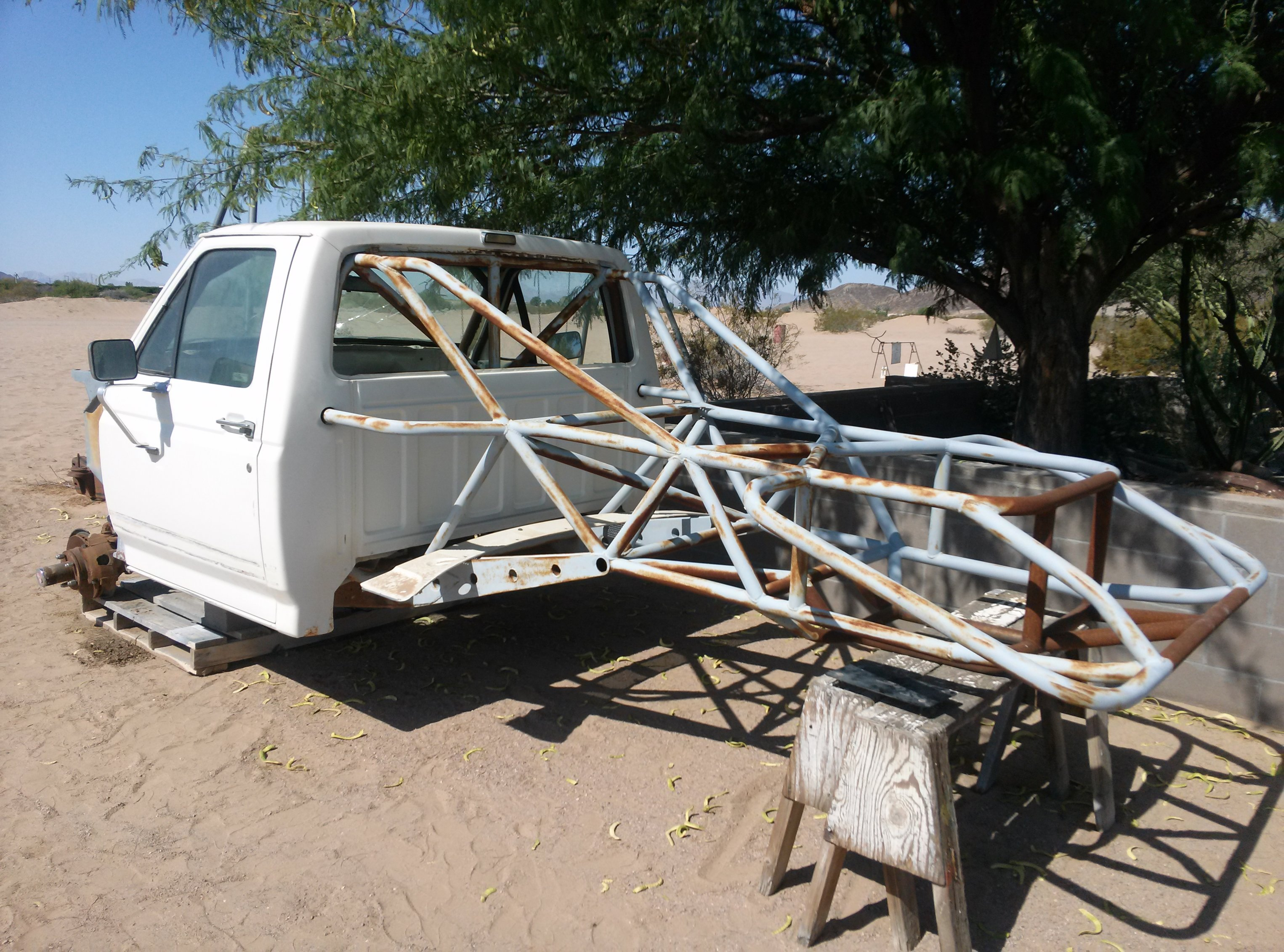 89 Ford F 150 Single Cab 4x4 Prerunner Chassis