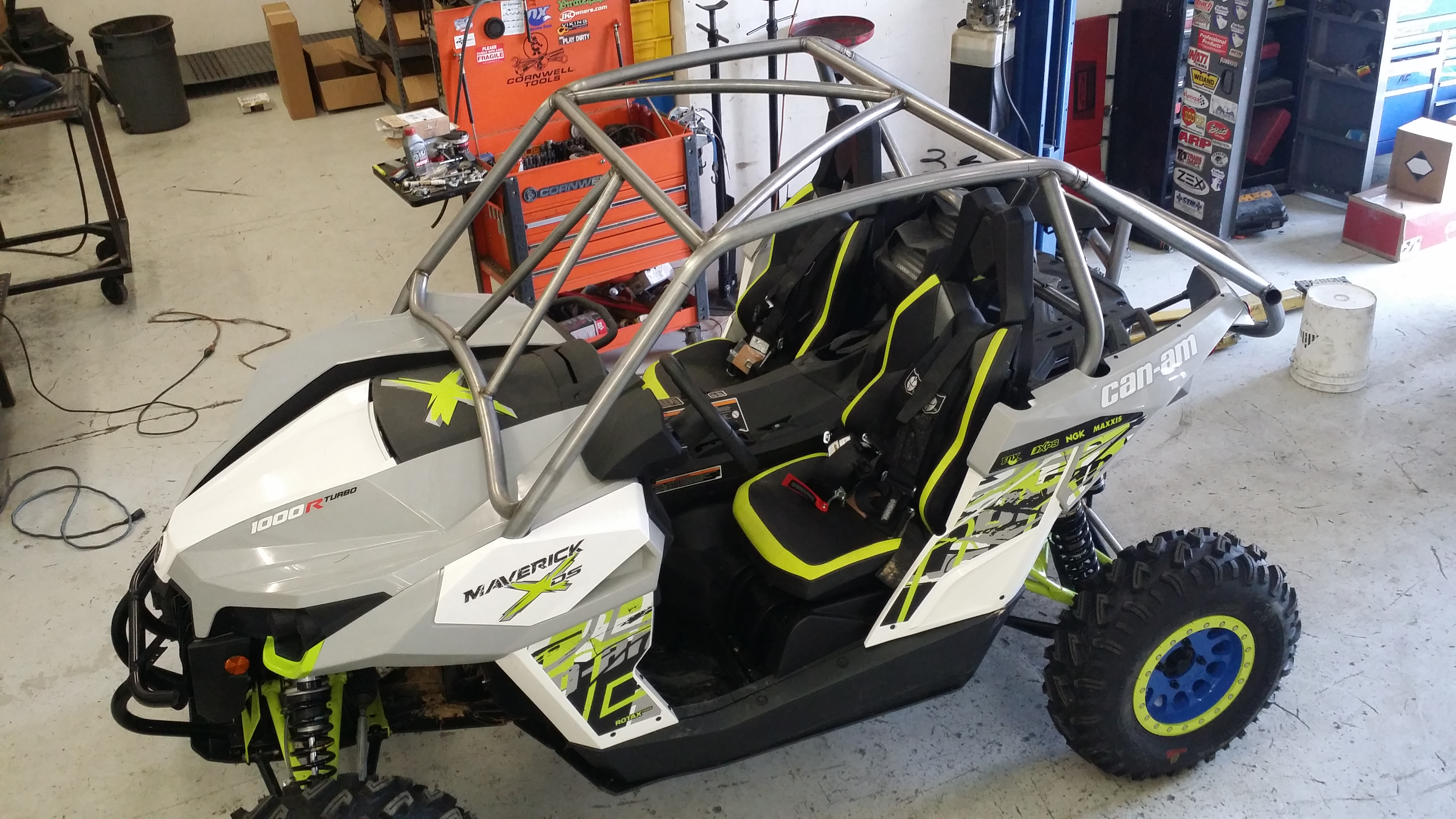 Xds Roll Cage