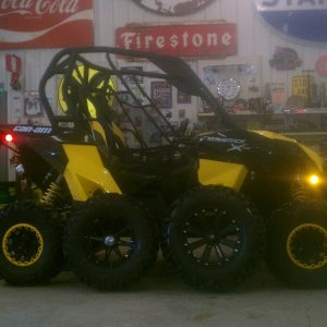 "Stock, 28.5 dominators w/14"" desiels off my rzr s, and 30""x 10""x 16"" moto mtc on 16""x7"" Kores for the maverick!"
