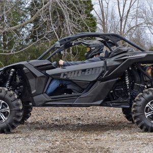 Maverick X3 XRS with 5 inch lift, sick looking!