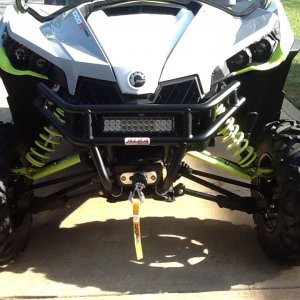 Alba bumper, super winch,  LED light bar, green HID's, windshield, Bimini top!